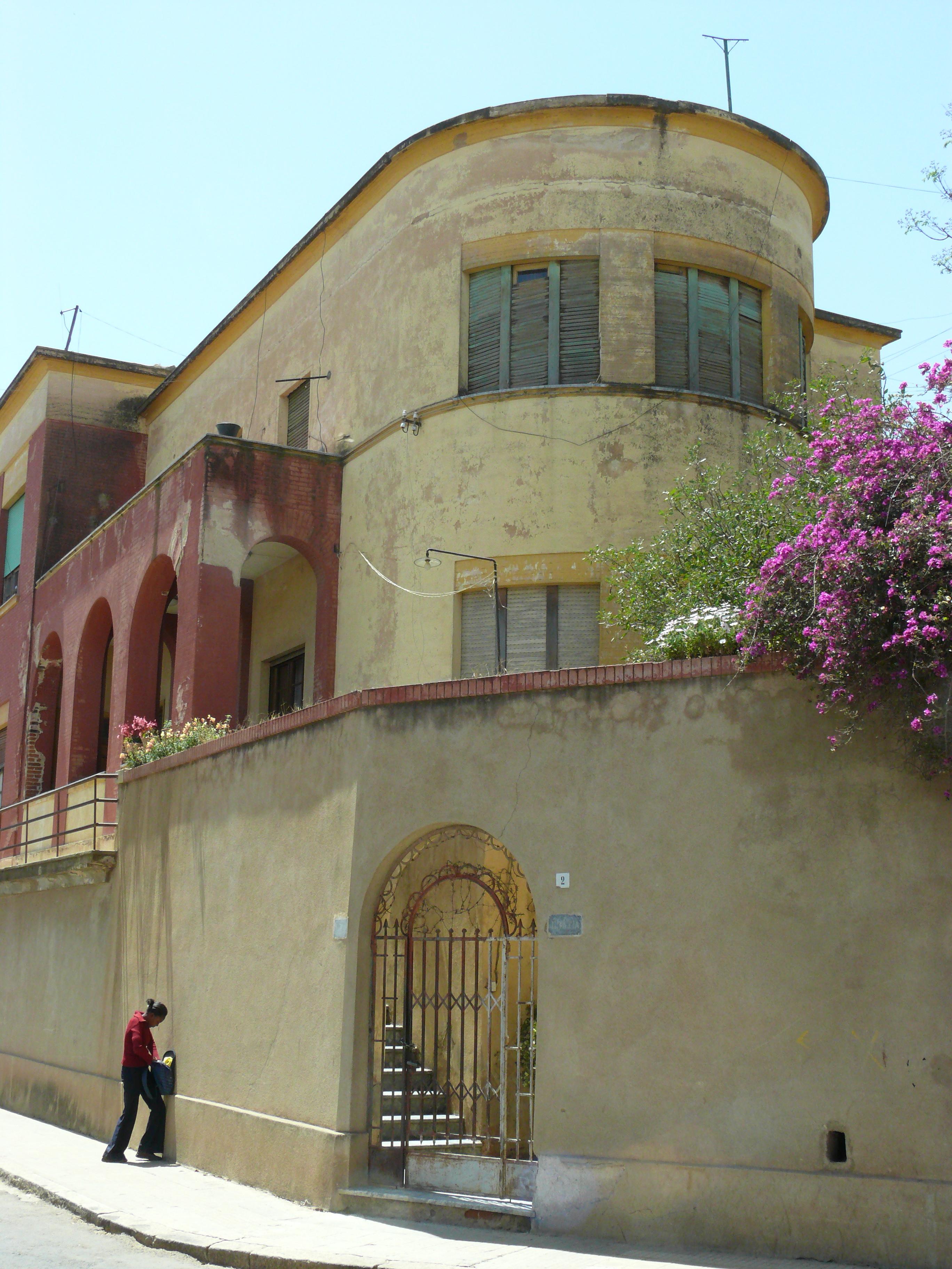 Asmara scuole italiane in eritrea for Architettura fascista in italia